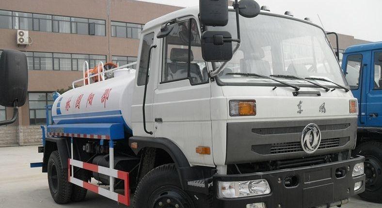 东风145农药喷洒车