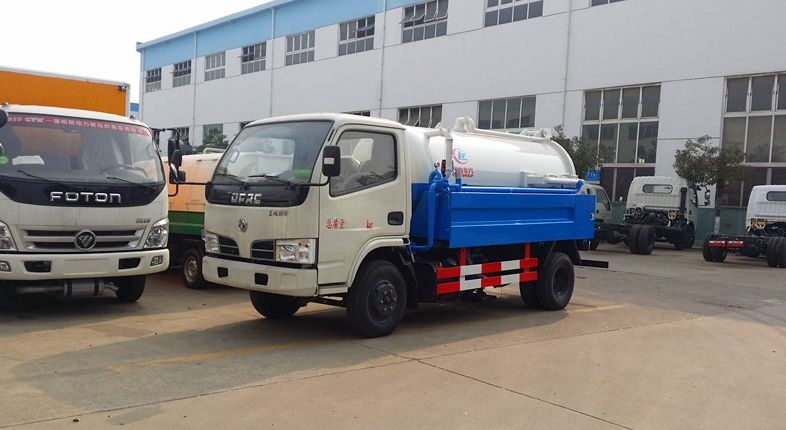 东风小型清洗吸污车