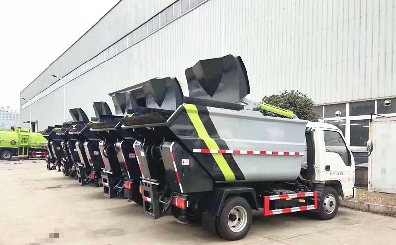 无泄漏压缩式垃圾车