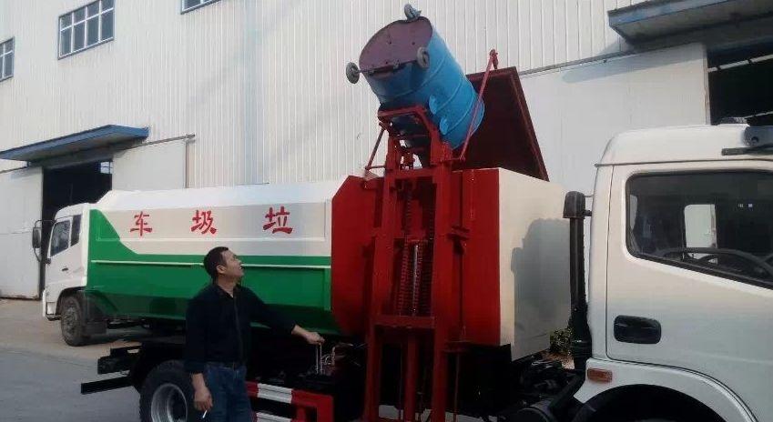 东风6方挂桶式垃圾车