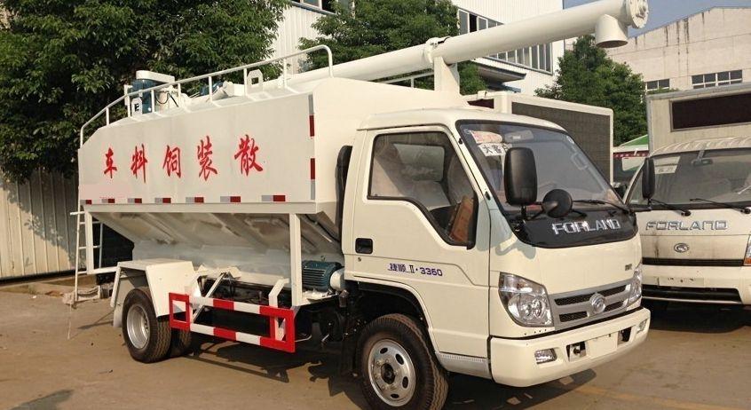 福田8方散装饲料运输车