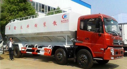 东风小三轴30方散装饲料运输车