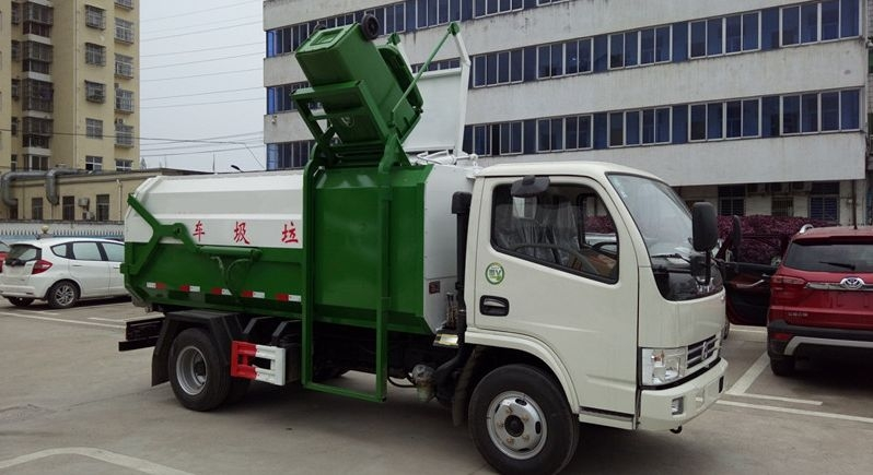 东风6方侧装压缩垃圾车